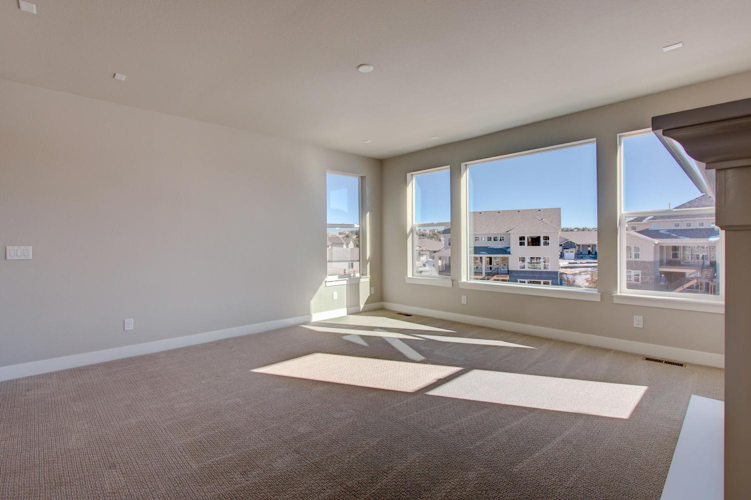 Additional photo for property listing at Residence 6004 8162 S Langdale Way Aurora, Colorado 80016 United States