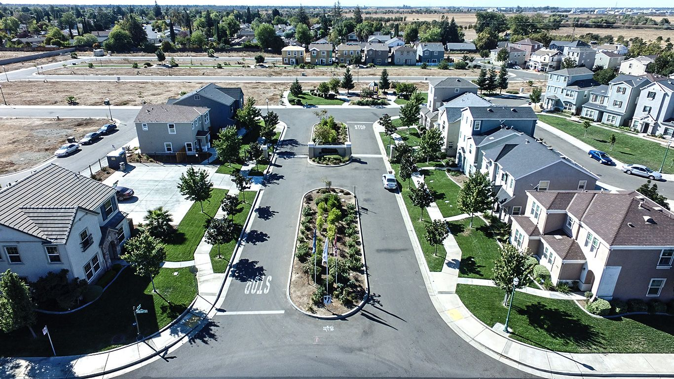 Photo of Somerset in Sacramento, CA 95823