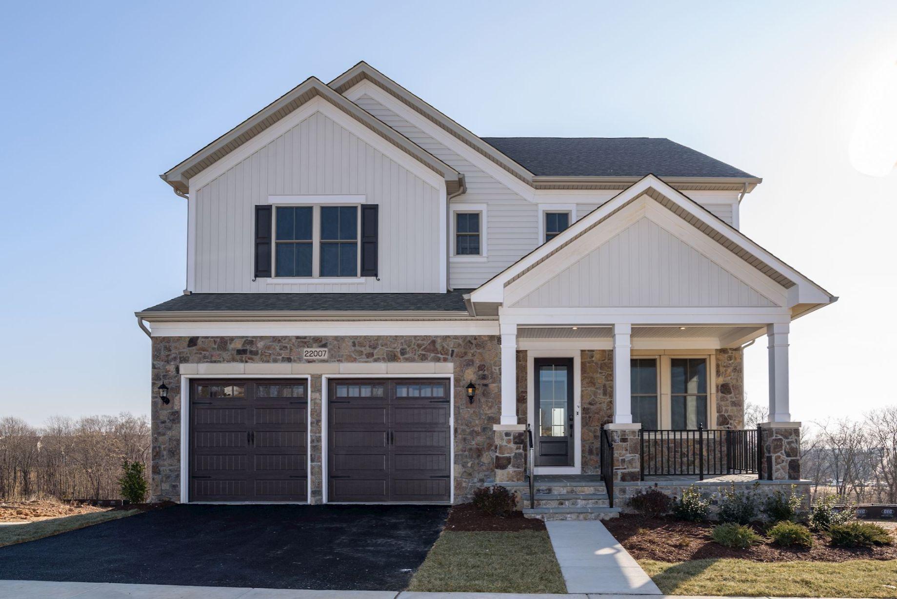单亲家庭 为 销售 在 Cabin Branch Estate Series - Gehry 13915 Stilt Street Clarksburg, Maryland 20871 United States