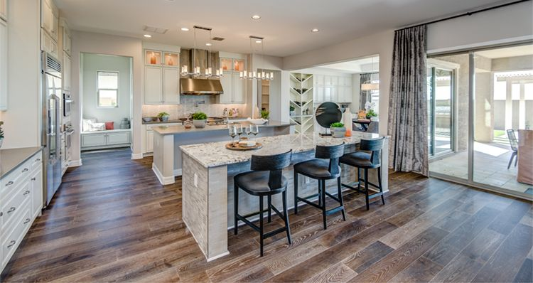 http://partners-dynamic.bdxcdn.com/Images/Homes/Woods9274/max1500_35225715-190613.jpg