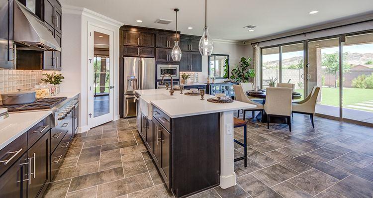 http://partners-dynamic.bdxcdn.com/Images/Homes/Woods9274/max1500_38362158-191009.jpg
