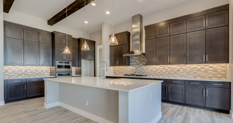 http://partners-dynamic.bdxcdn.com/Images/Homes/Woods9274/max1500_39088489-191111.jpg